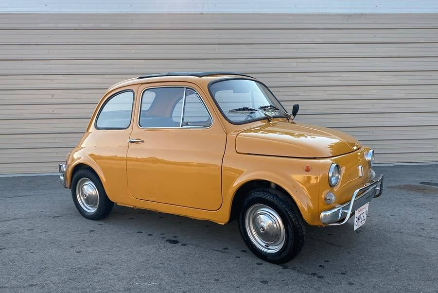 25. 71 Fiat 500