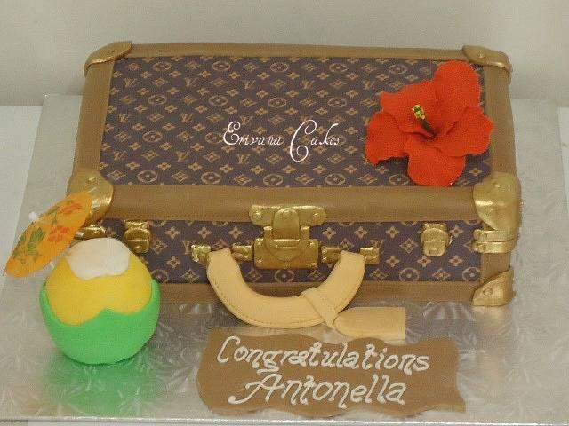LV Suitcase (SP151)