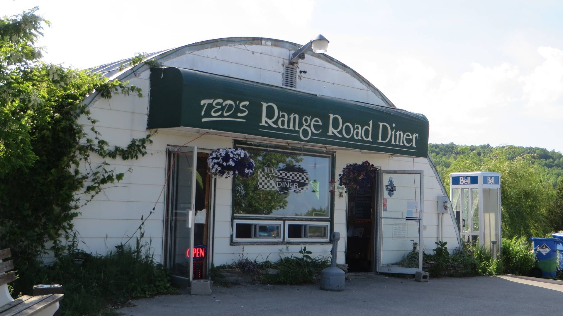 Ted's Range Road House, Meaford