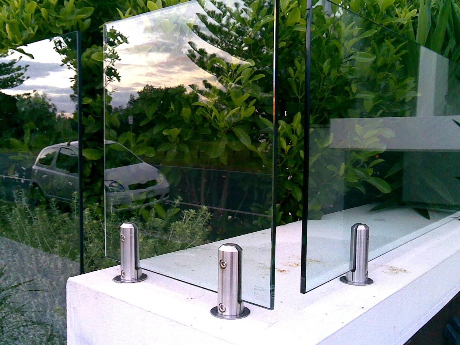FRAMELESS GLASS Stainless Steel Spigots