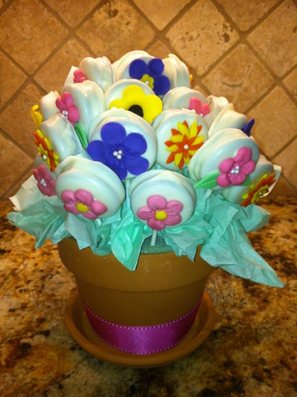 Chocolate-covered Oreo Bouquet