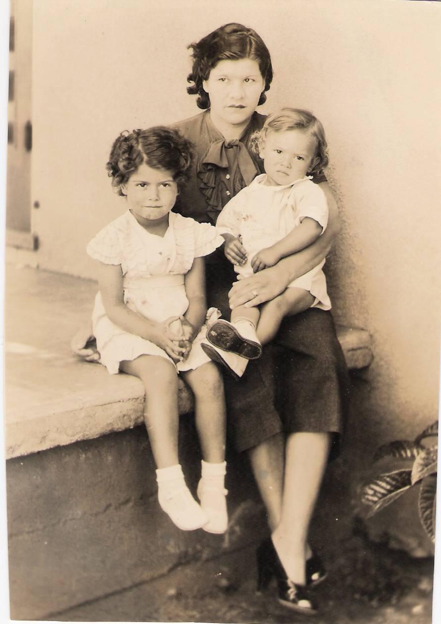 Gloria Mom & Me2