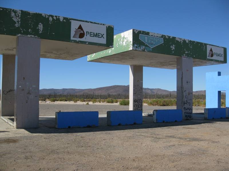 Gas station-old