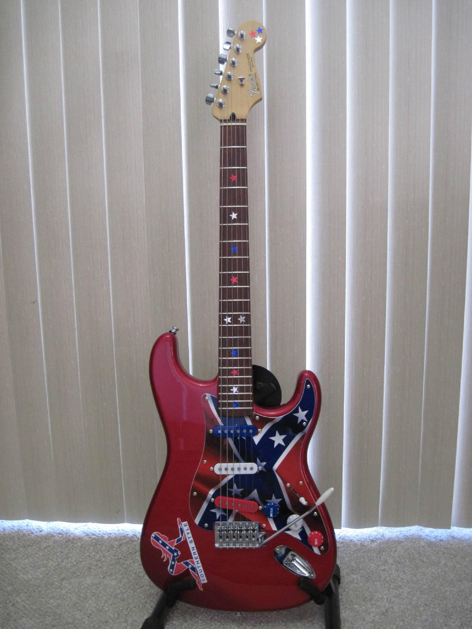 2005 Fender Stratocaster MIM Customized