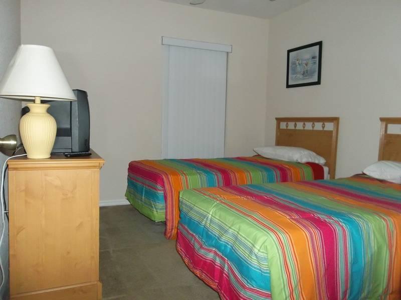 Seaside Twin Bedroom