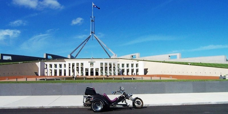Tom's Trike & Camper at the Parliment House - Nov 2005