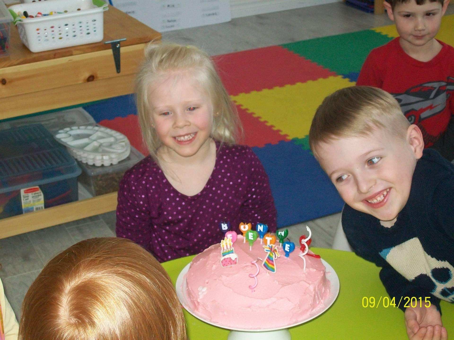 Mia a 4 ans
