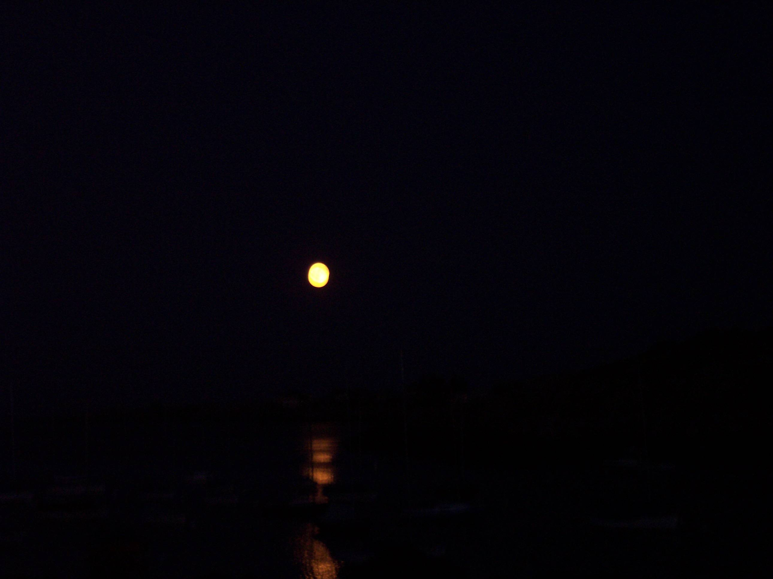 Full Moon Sillouettte/Rockport