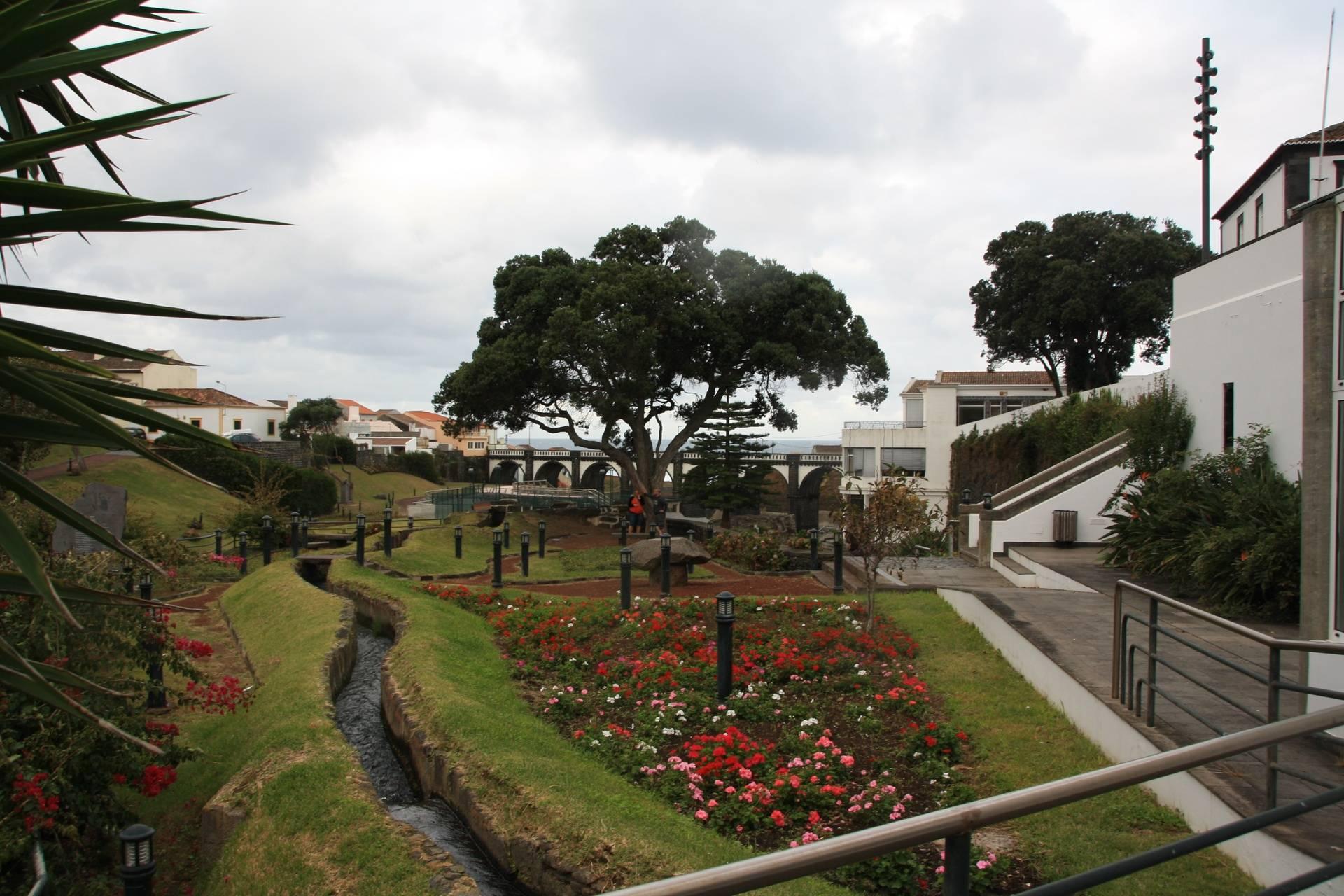 Tha Azores