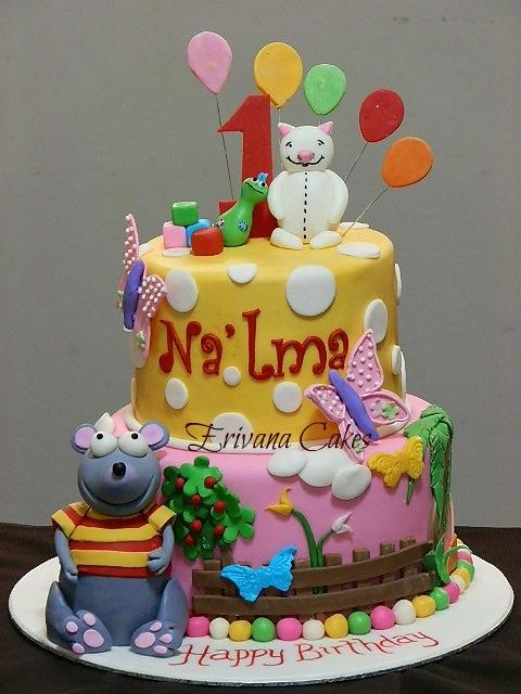 Toopy and binoo Cake 3