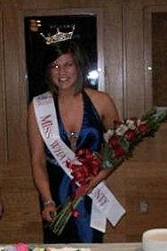 Miss Whatcom County 2010 with Jamaica Me Tan airbrush tan!