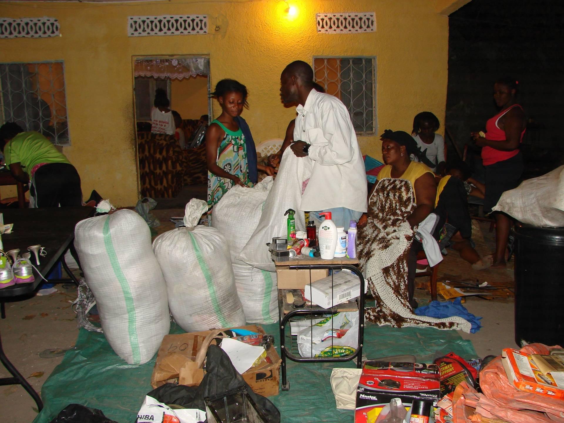 Distribution de dons 13