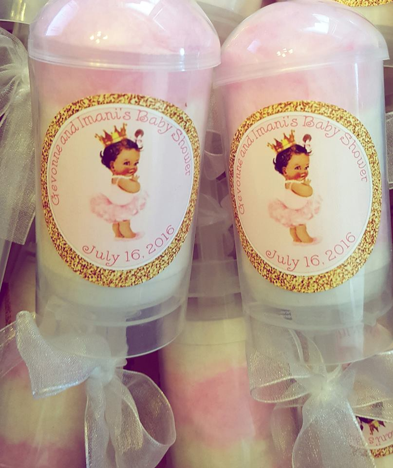 Baby shower cotton candy favors