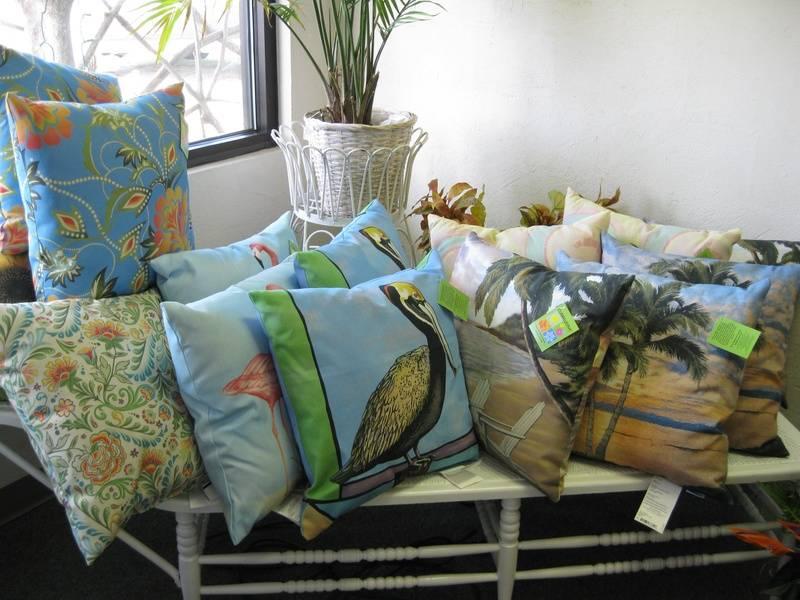 """Handmade Indoor/Outdoor 20"""" Pillows"""