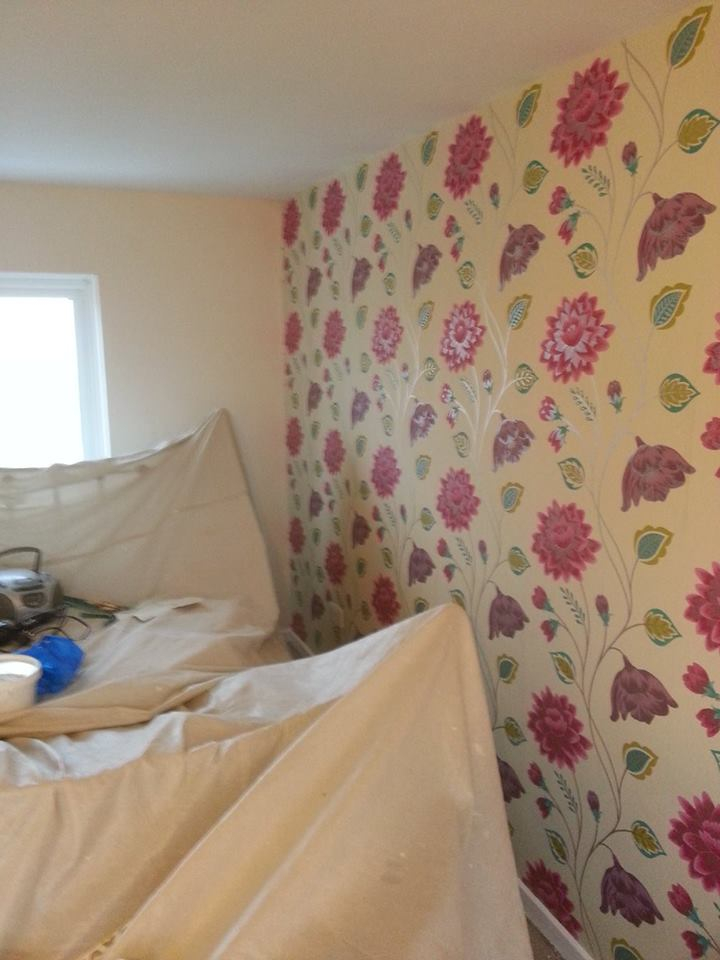 bedroom and feature wall. location stevenage
