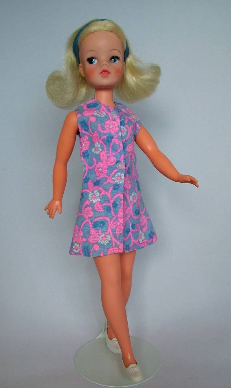 Fun Fashion - Sleeveless dress 1974 version