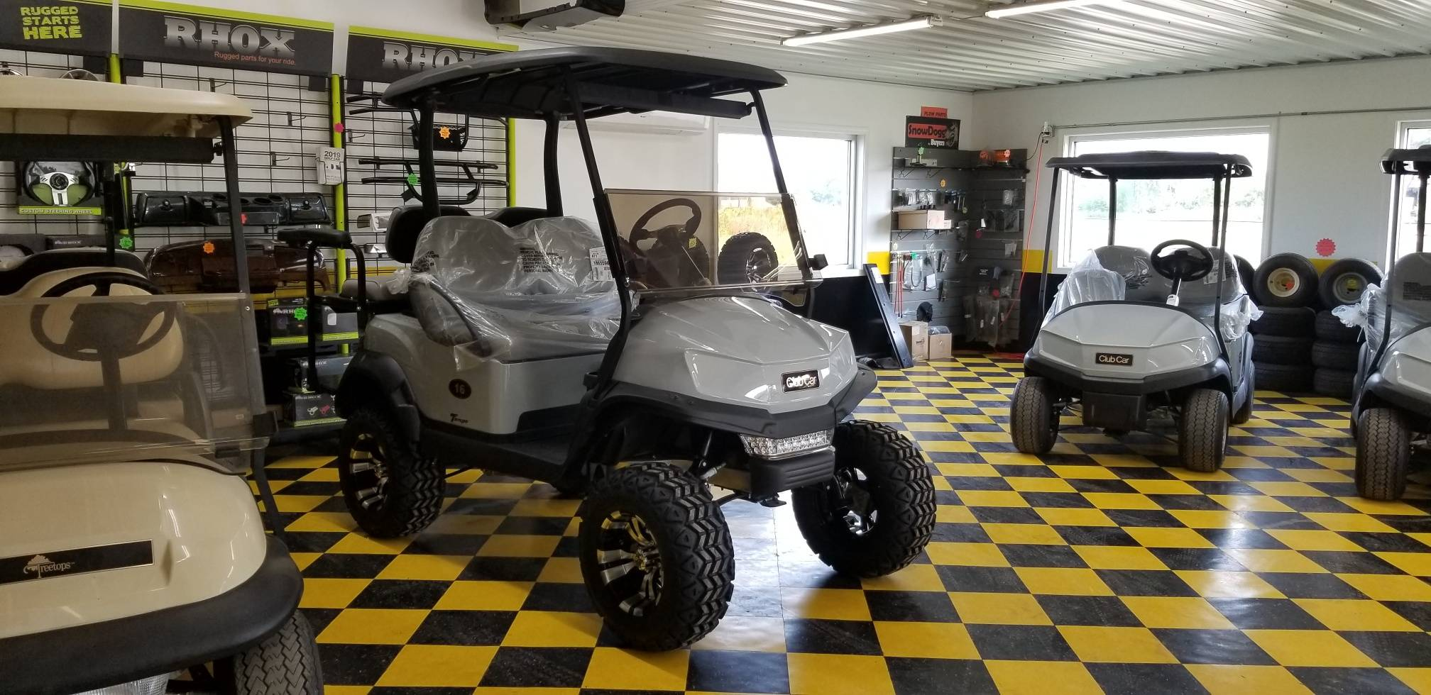 "2019 Club Car Tempo with 6"" lift and Light kit"
