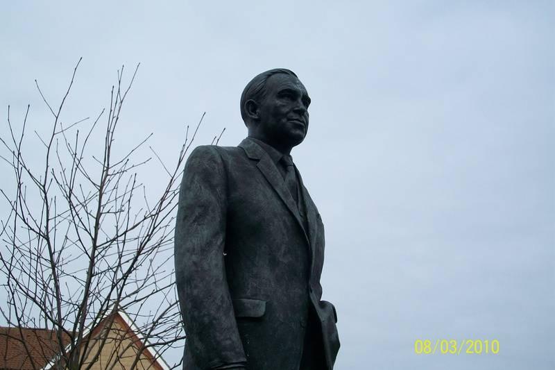 Sir Alf Ramsey Statue, Portman Road
