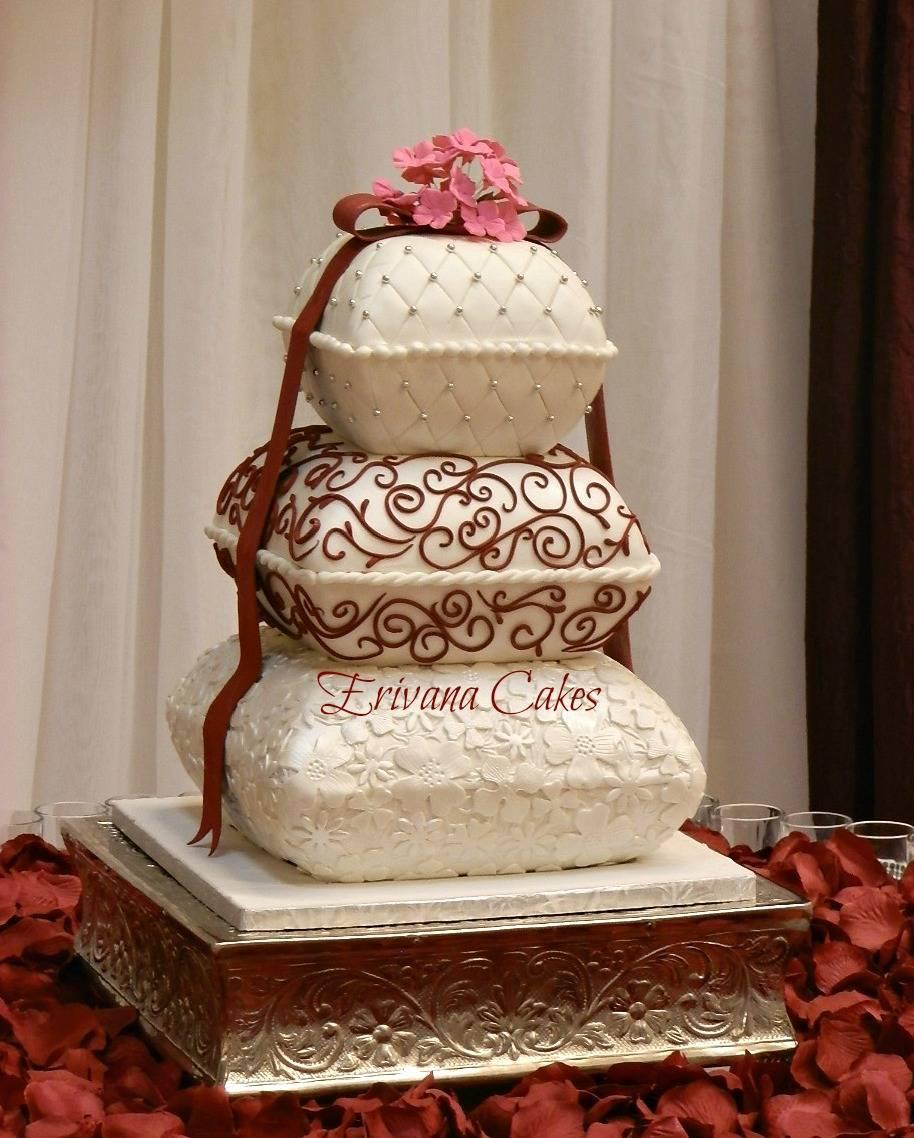 Wine Pillow wedding cake
