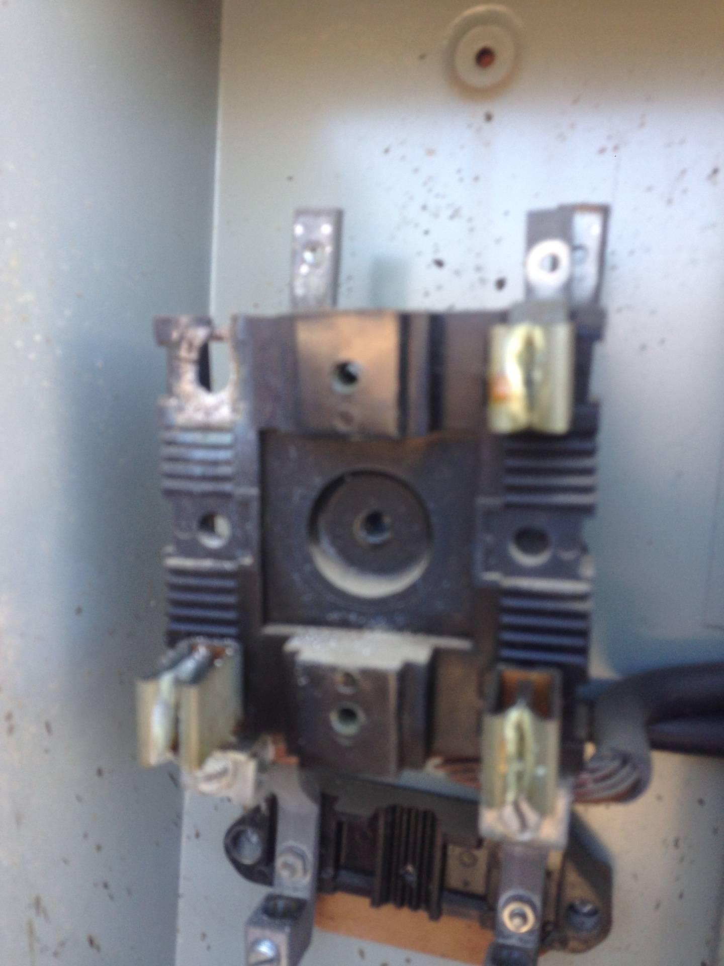 Service Panel Meter Socket Repair