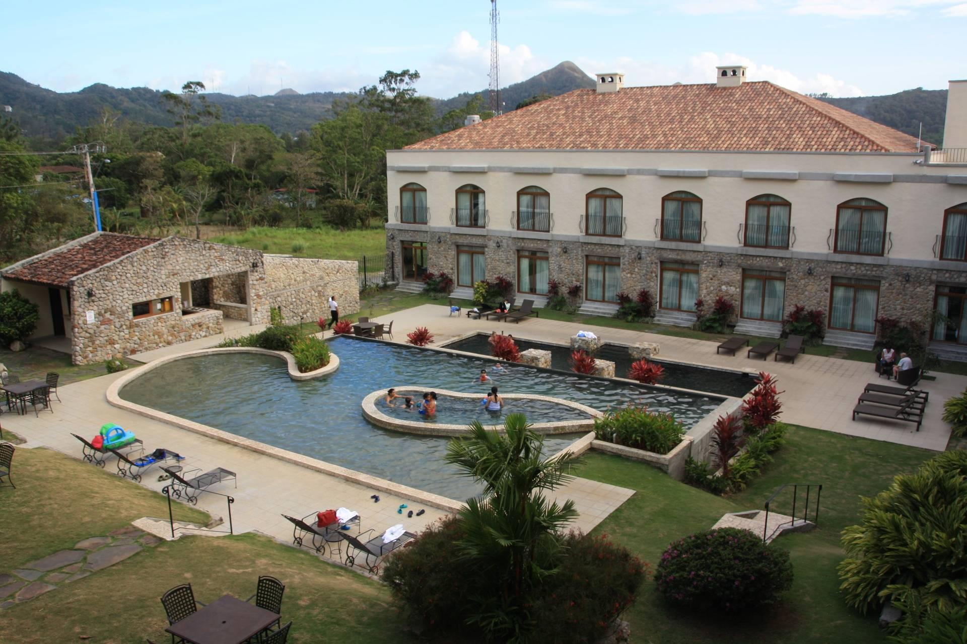Los Mandarinos Hotel in Anton Valley