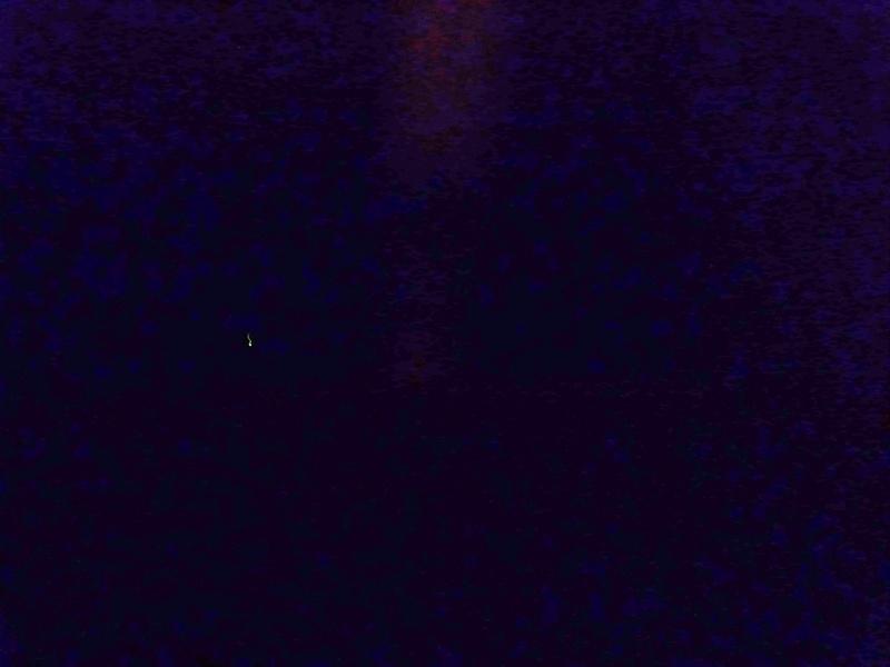 Dim light anomaly in pitch dark .