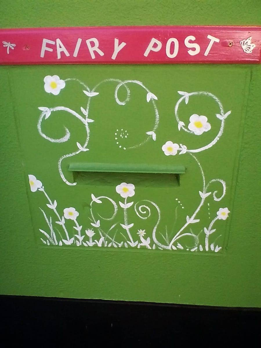 Fairy Post