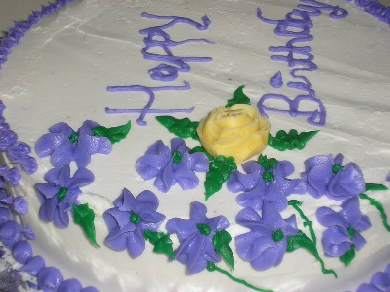Butter Vanilla cake with cream cheese filling