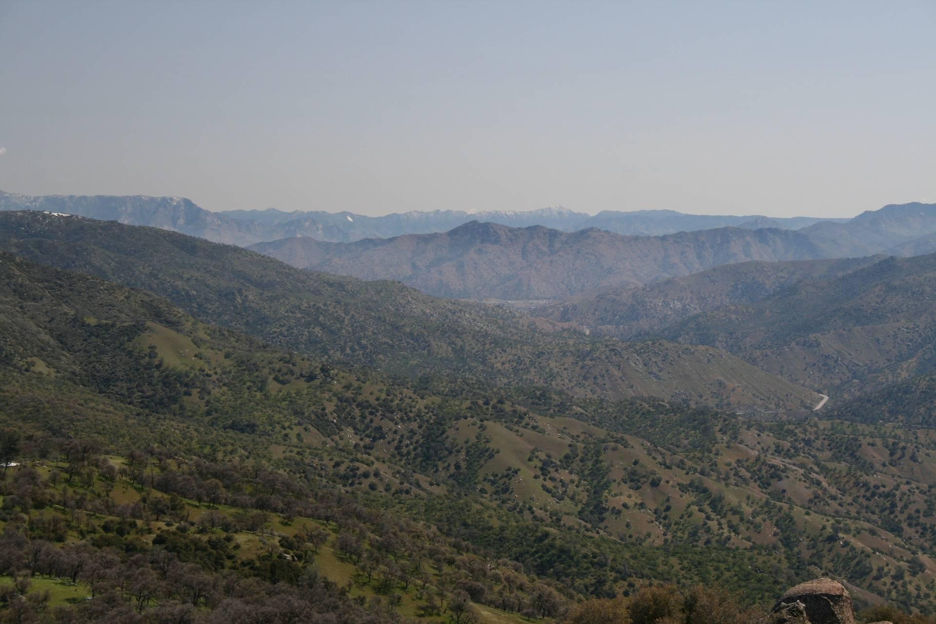 Looking E up the canyon toward Lake Isabella