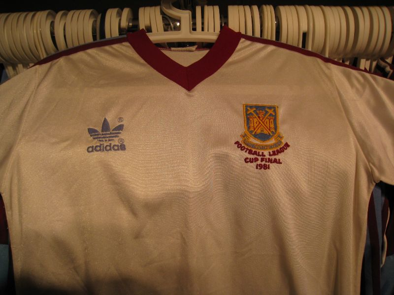1981 League Cup Final shirt