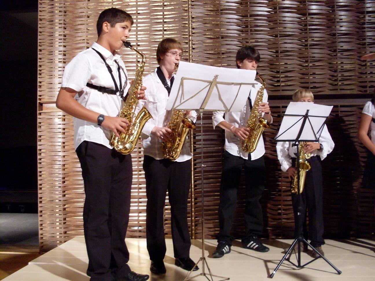 Ensemble de Saxos en concierto