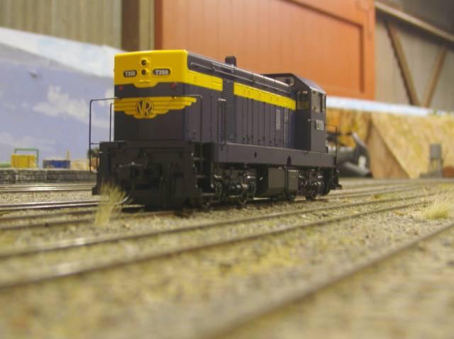 Victorian Railways T class diesel electric No. 359