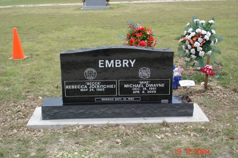 Located in Nocona Cemetery, Nocona, Texas