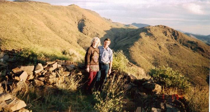 Walt & Cory hiking in Arizona