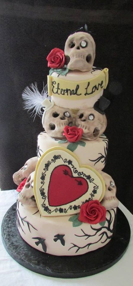 Hearts and Skulls wedding Cake