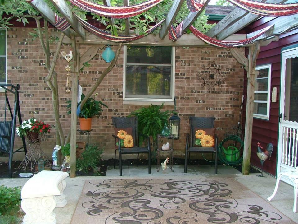 Garden of Steve & Tina Hawley On E. Twin Street