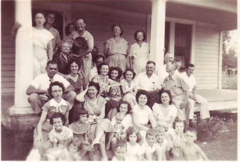 Manning Dunn Family Reunion 1948