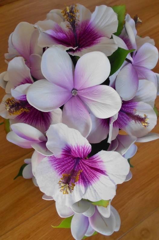 Teardrop Bouquet   #B88