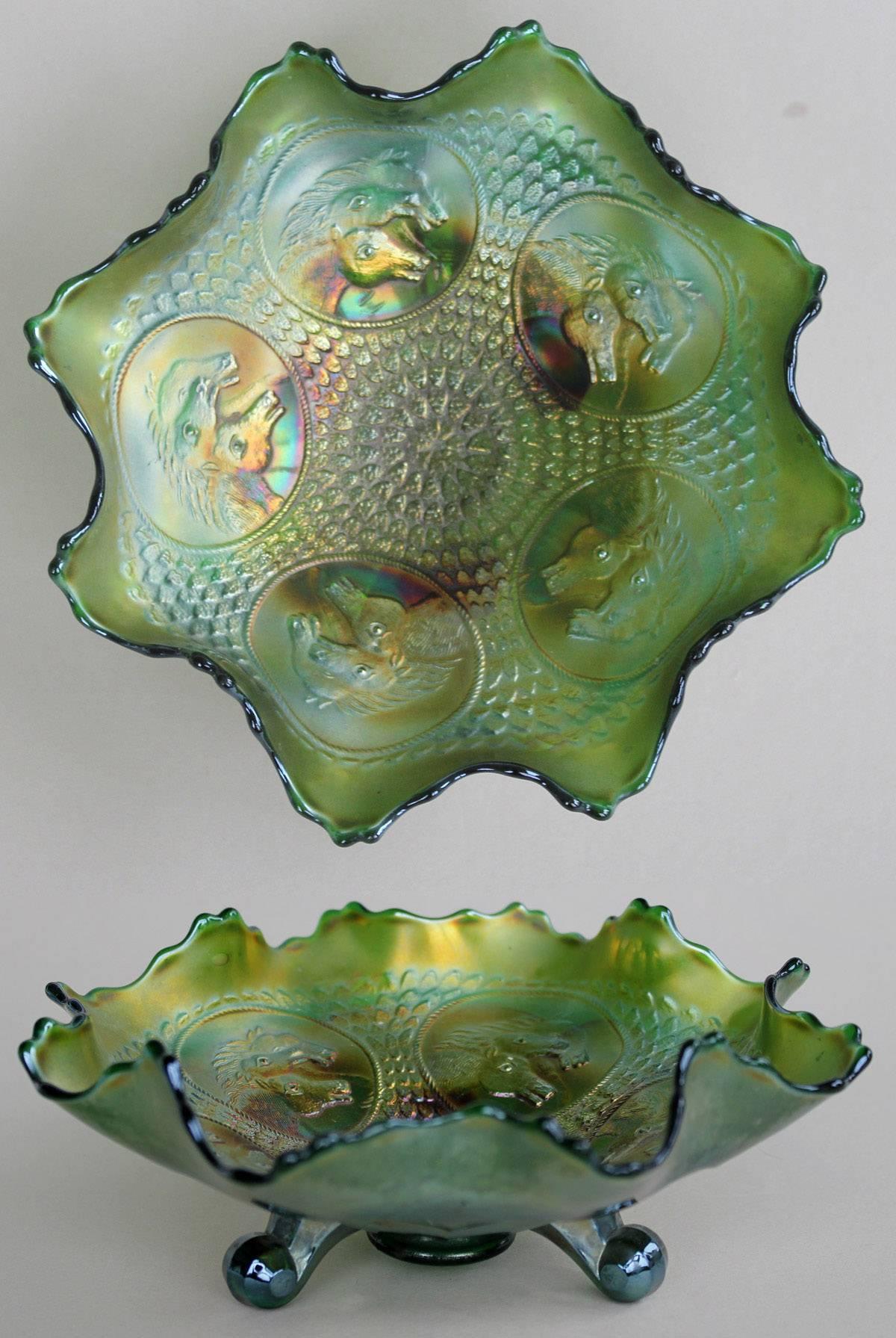 Horse Medallion footed ruffled bowl, green