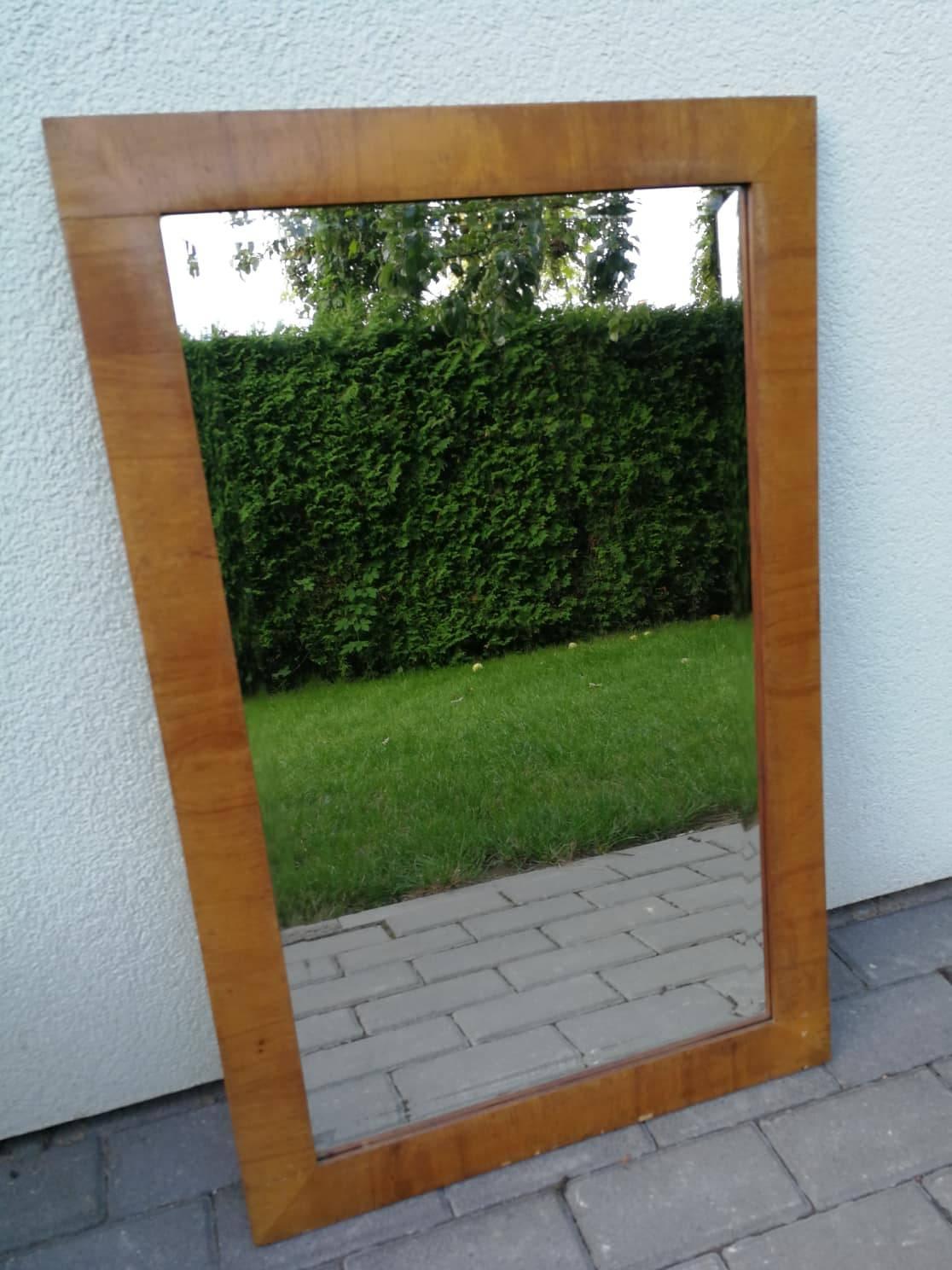 Tarpukario lietuviskas veidrodis facetuotu stiklu. Kaina 18