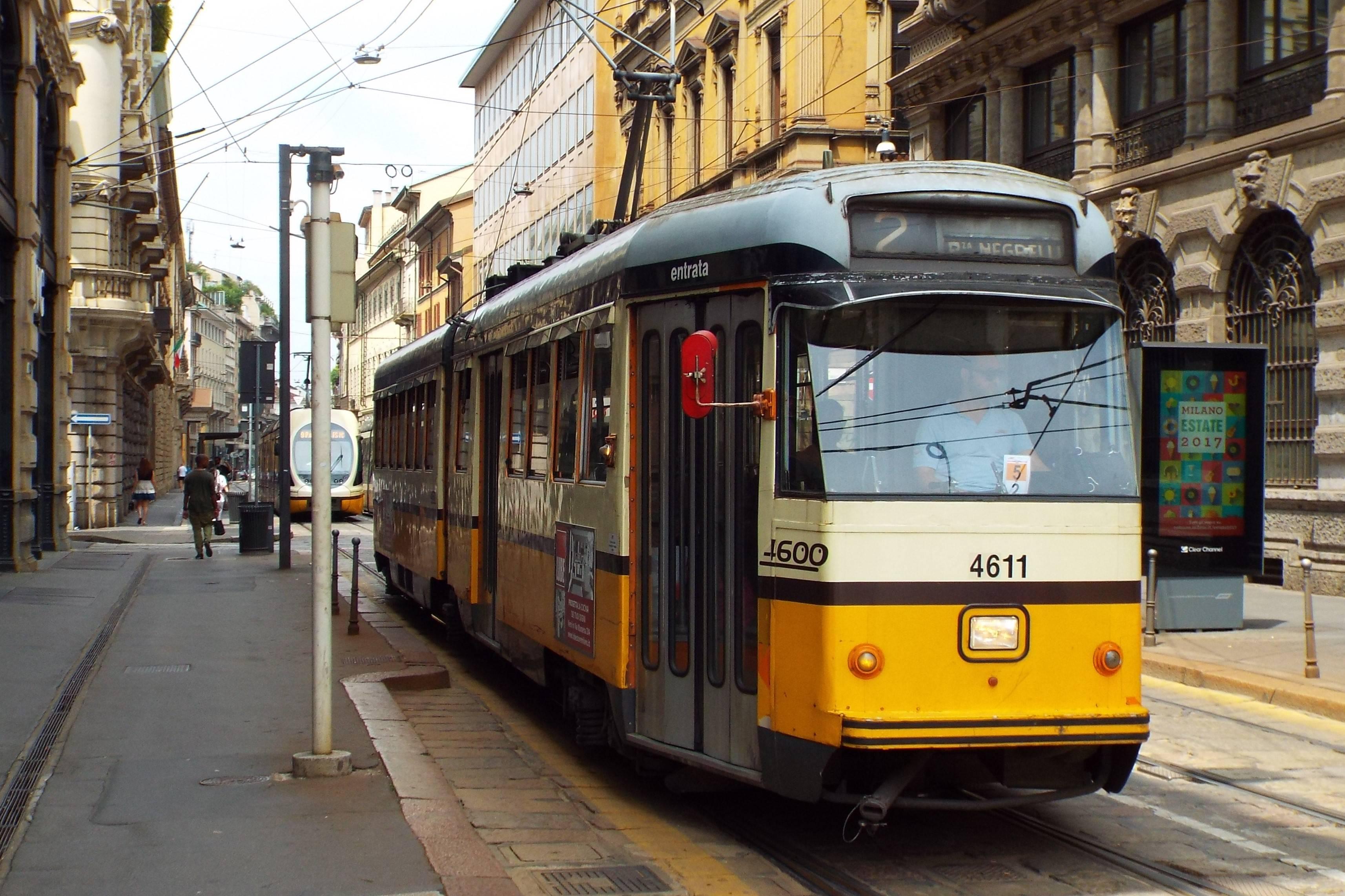 A Series 4600 Tram