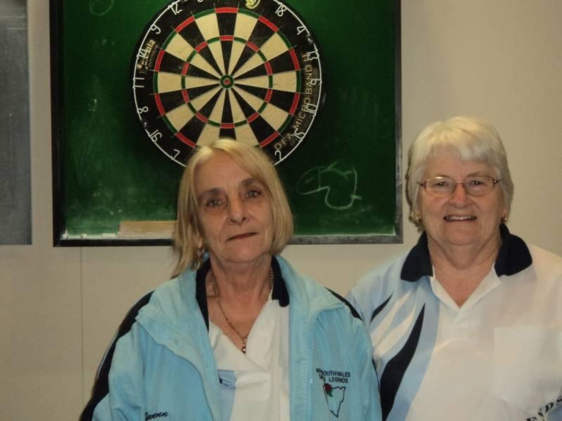B Grade Ladies Singles - Winner Doreen Beavan & Runner Up Gwen Conners