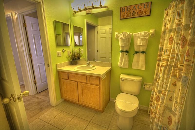 Second family bathroom