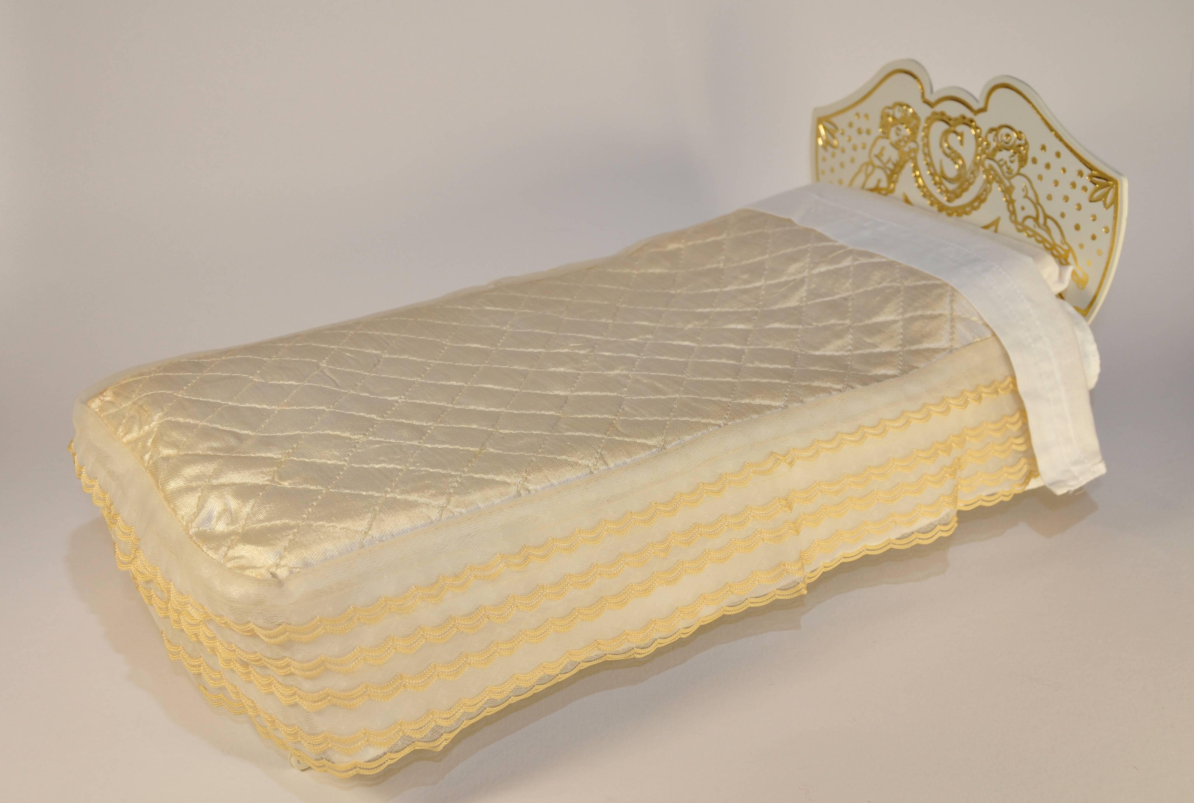 Bed - original version