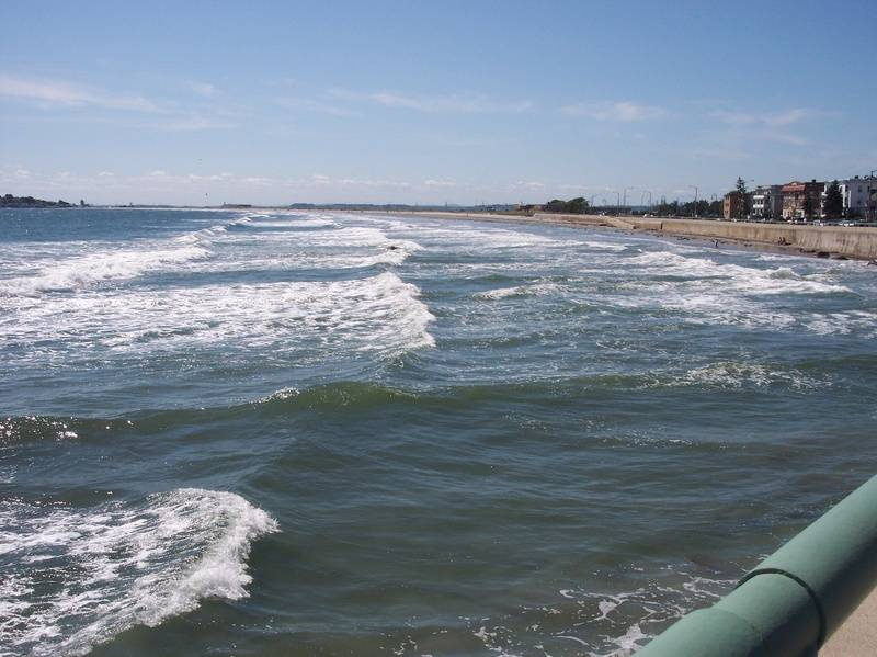 Power of Waves/Lynn Beach