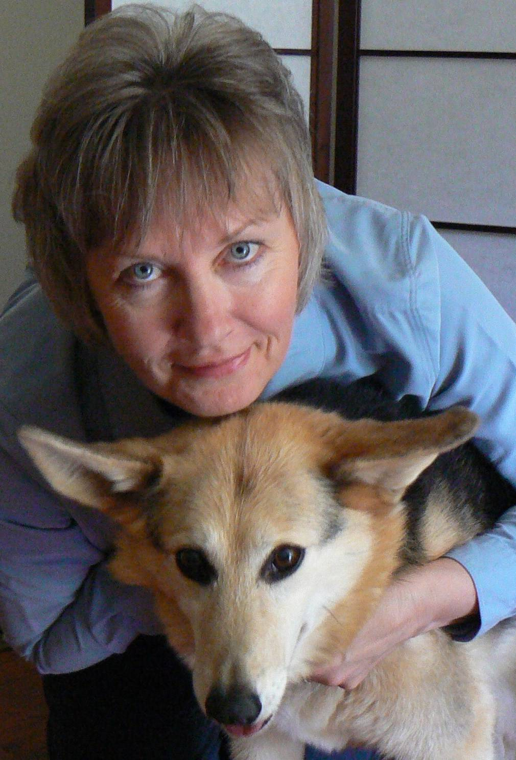 Holly the Reiki dog and Susan