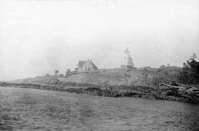 Discovery Island Light station in 1898.