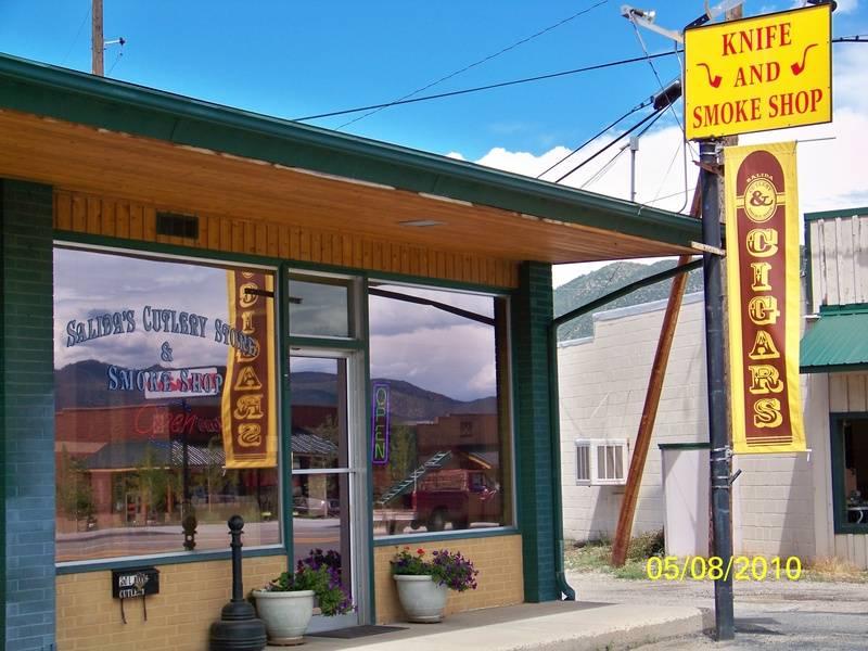 Salida Cutlery & Smoke Shop Outside