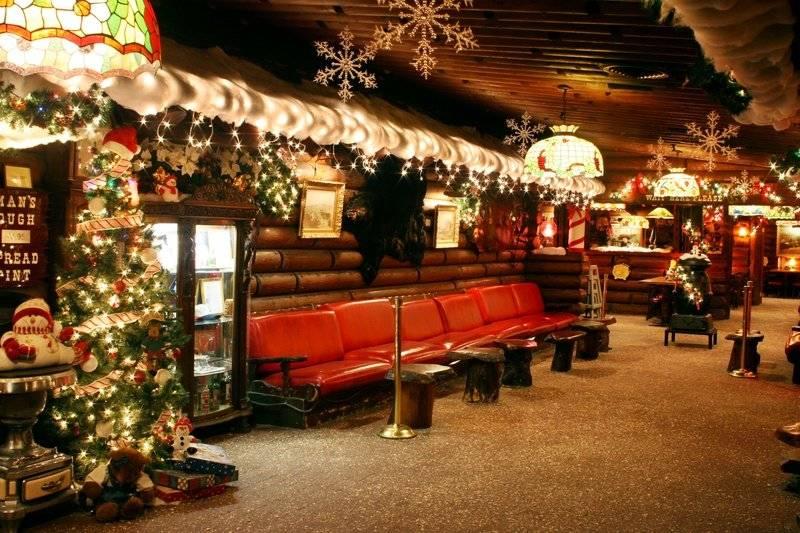 Hostess Area Decorations