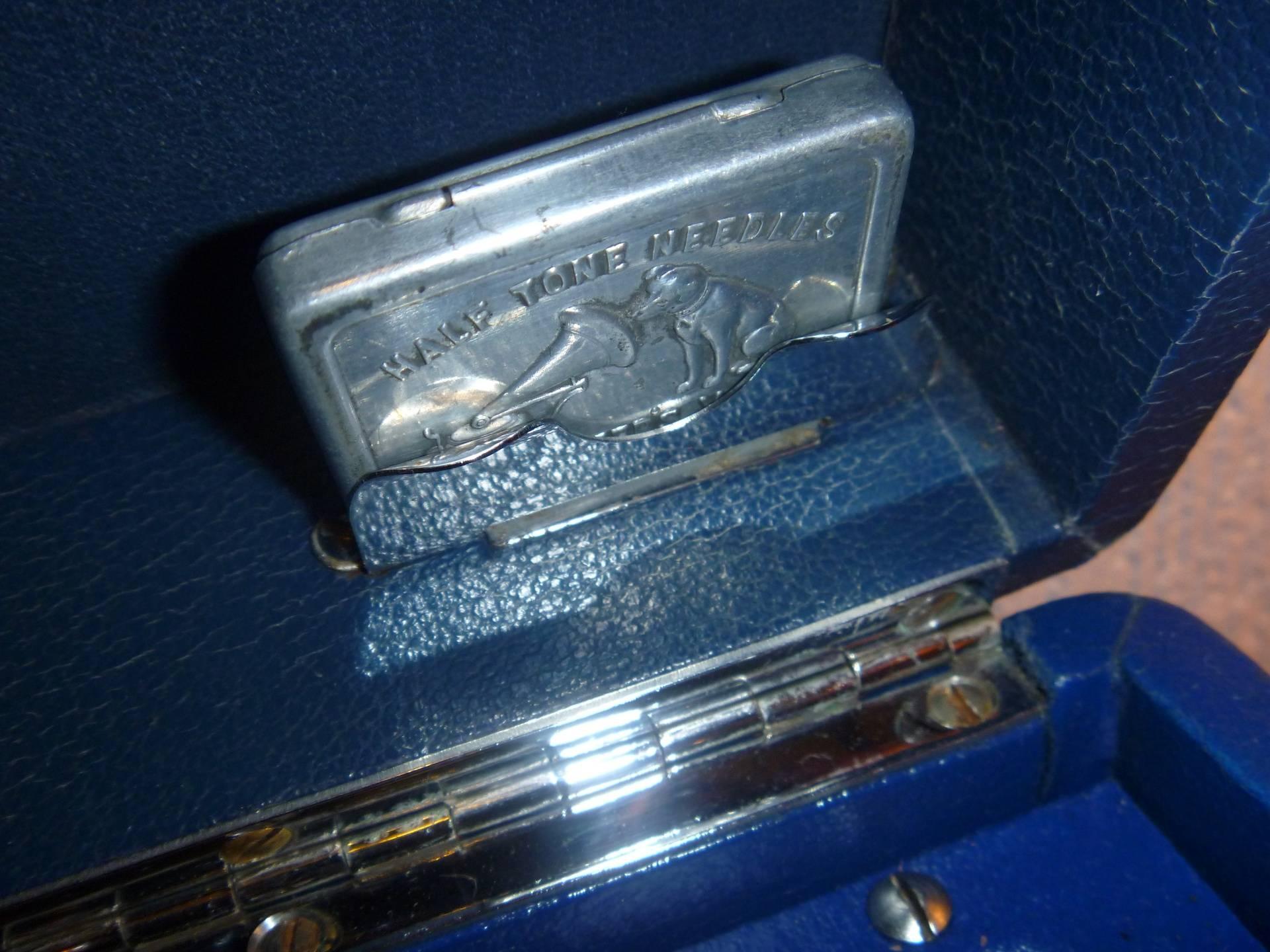 HMV Model 102 13